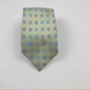 Joseph Abboud Italian Pinwheel Silk Tie